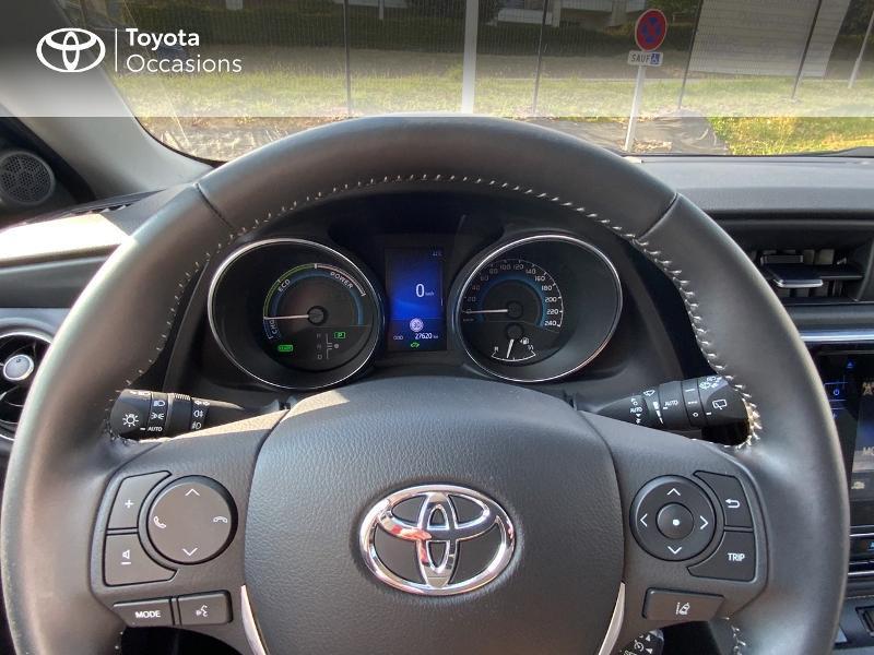Toyota Auris HSD 136h Design RC18 Blanc occasion à Pluneret - photo n°13