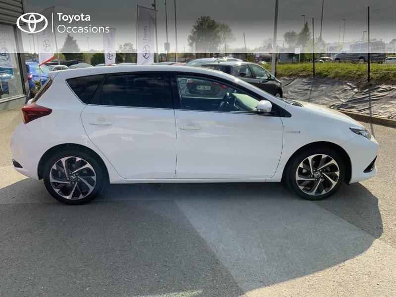 Toyota Auris HSD 136h Design RC18 Blanc occasion à Pluneret - photo n°17