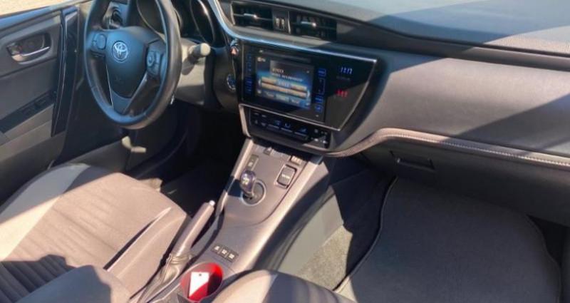 Toyota Auris HSD 136h Design Blanc occasion à Dunkerque - photo n°5