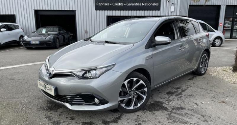 Toyota Auris HSD 136H DESIGN Gris occasion à GUER