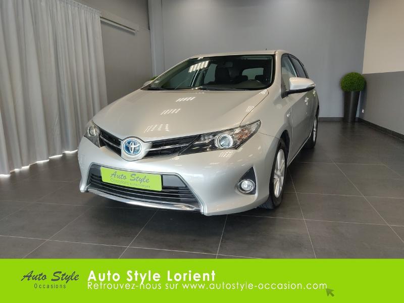 Toyota Auris HSD 136h Dynamic 15 5p Gris occasion à LANESTER