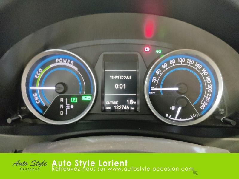 Toyota Auris HSD 136h Dynamic 15 5p Gris occasion à LANESTER - photo n°9