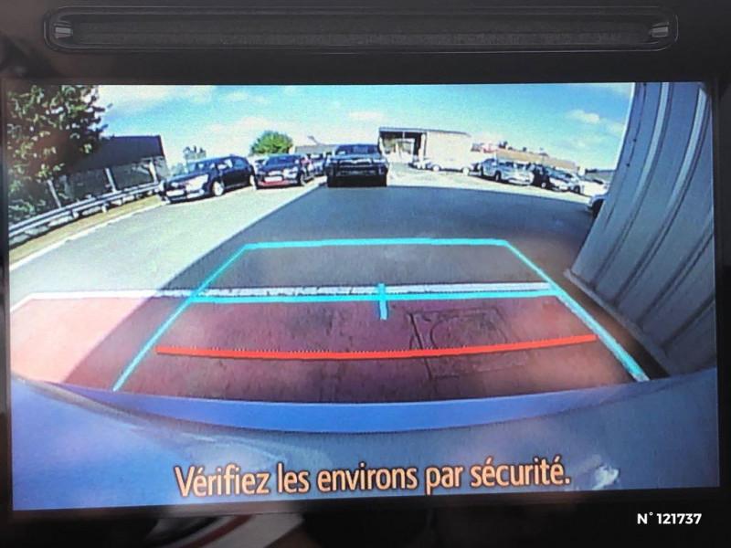 Toyota Auris HSD 136h TechnoLine RC18 Gris occasion à Saint-Maximin - photo n°13