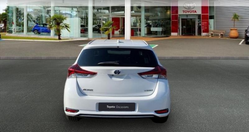 Toyota Auris HSD 136h TechnoLine Blanc occasion à Laxou - photo n°4