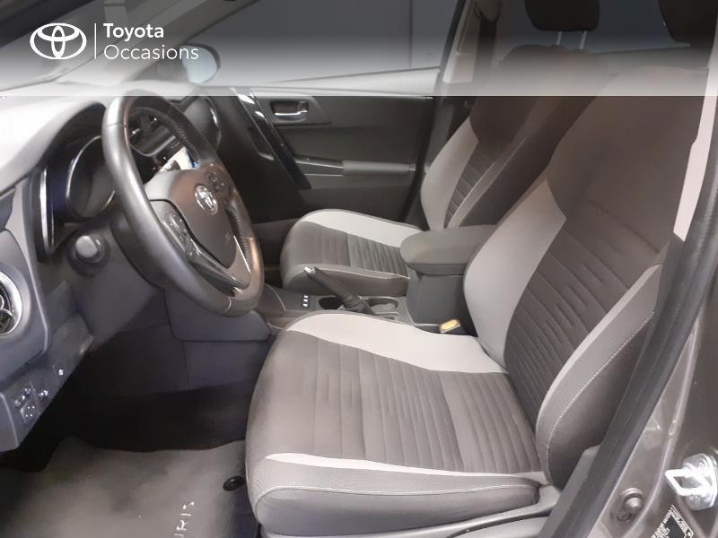 Toyota Auris HSD 136h TechnoLine Gris occasion à LANESTER - photo n°11