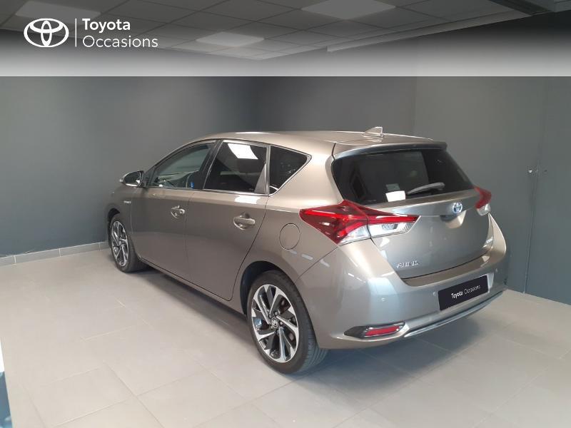Toyota Auris HSD 136h TechnoLine Gris occasion à LANESTER - photo n°2