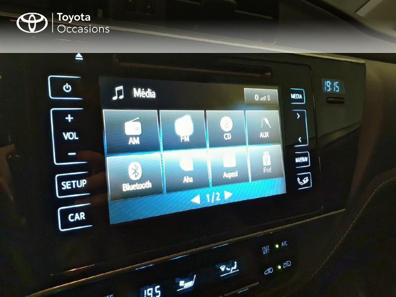 Toyota Auris HSD 136h TechnoLine Gris occasion à LANESTER - photo n°15