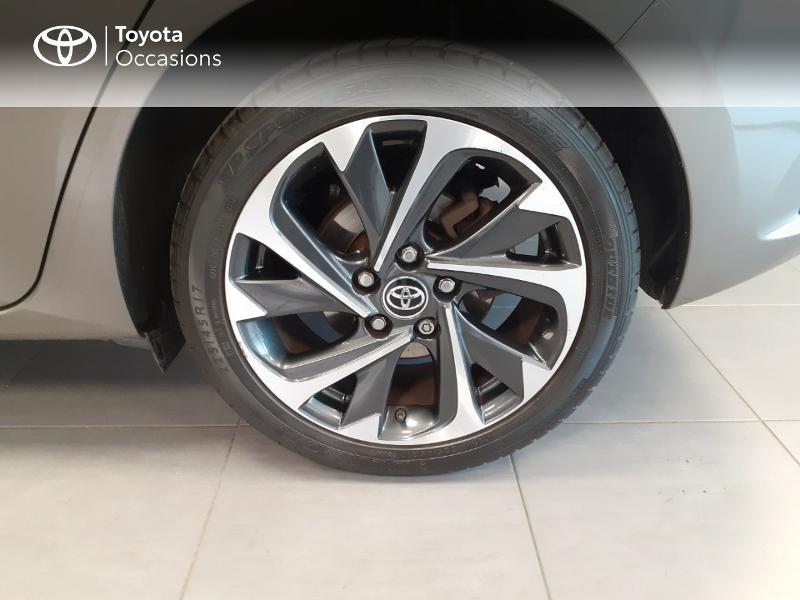 Toyota Auris HSD 136h TechnoLine Gris occasion à LANESTER - photo n°16