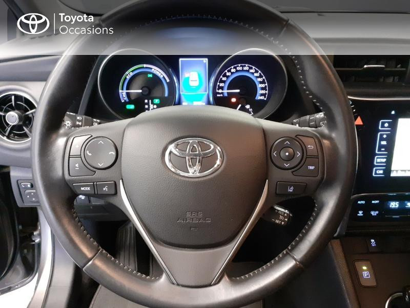 Toyota Auris HSD 136h TechnoLine Gris occasion à LANESTER - photo n°9