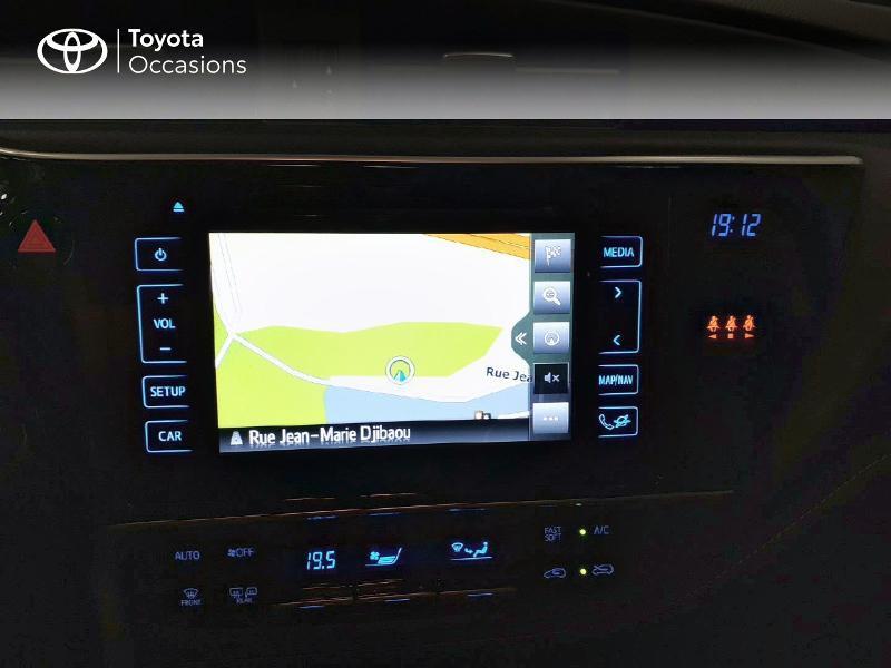 Toyota Auris HSD 136h TechnoLine Gris occasion à LANESTER - photo n°7