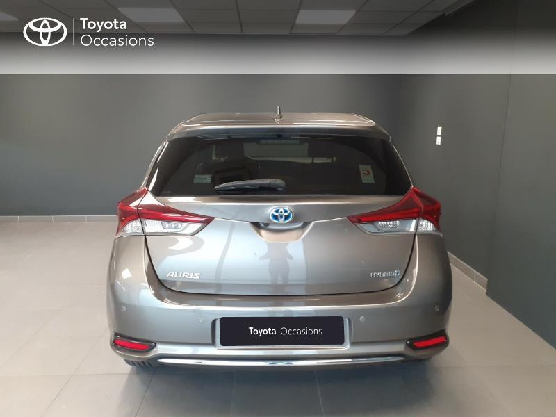 Toyota Auris HSD 136h TechnoLine Gris occasion à LANESTER - photo n°4