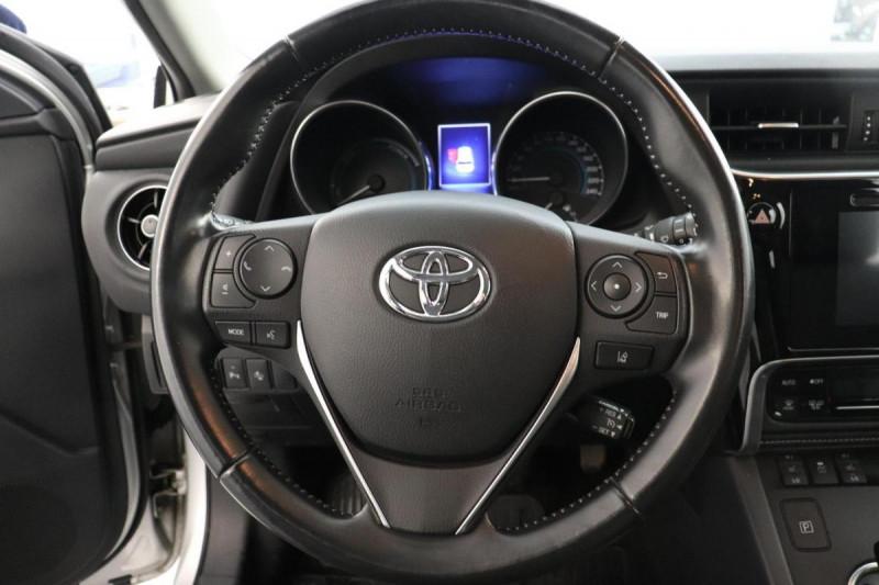 Toyota Auris HYBRIDE 136 CH COLLECTION Gris occasion à Tourville-la-Rivière - photo n°10