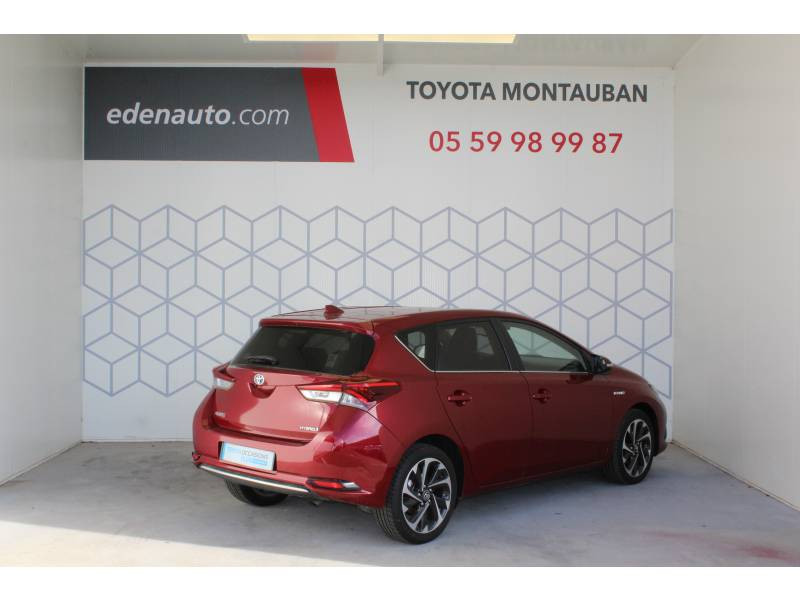 Toyota Auris Hybride 136h Design Rouge occasion à Montauban - photo n°2