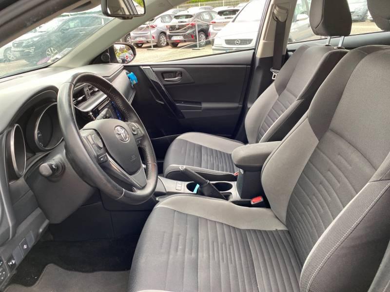 Toyota Auris Hybride 136h Dynamic Gris occasion à Libourne - photo n°7