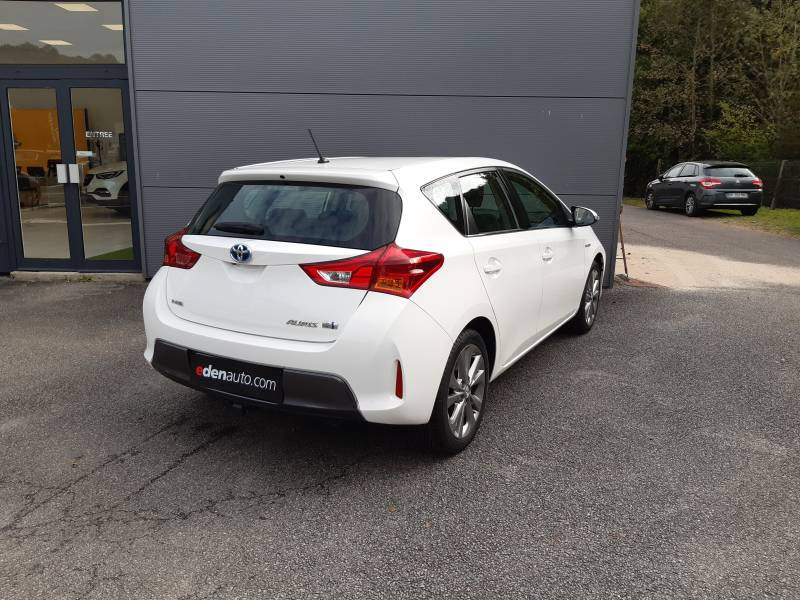 Toyota Auris Hybride 136h Dynamic  occasion à Tulle - photo n°2