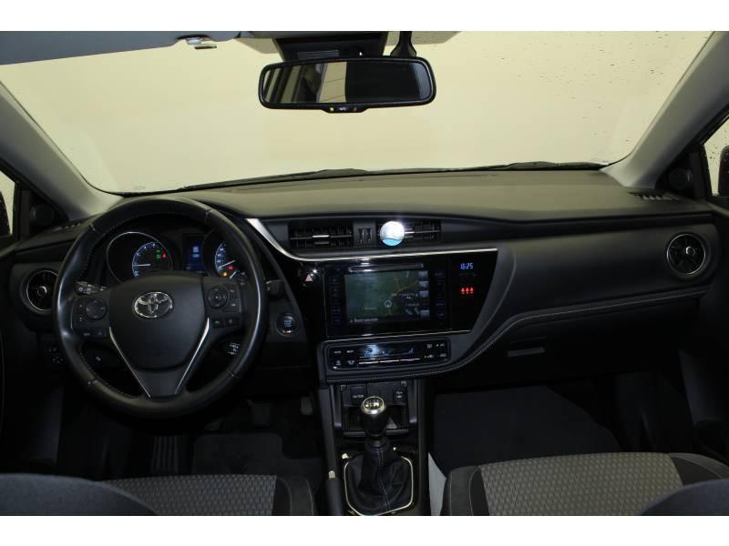 Toyota Auris MY17 1.2T Collection Gris occasion à Saint Pierre du Mont - photo n°8
