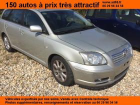 Toyota Avensis Gris, garage VOITURE PAS CHERE RHONE ALPES à Saint-Bonnet-de-Mure