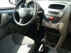 Toyota Aygo 1.0 VVT-I 68CH LES BLEUS II 3P Bleu occasion à Toulouse - photo n°8