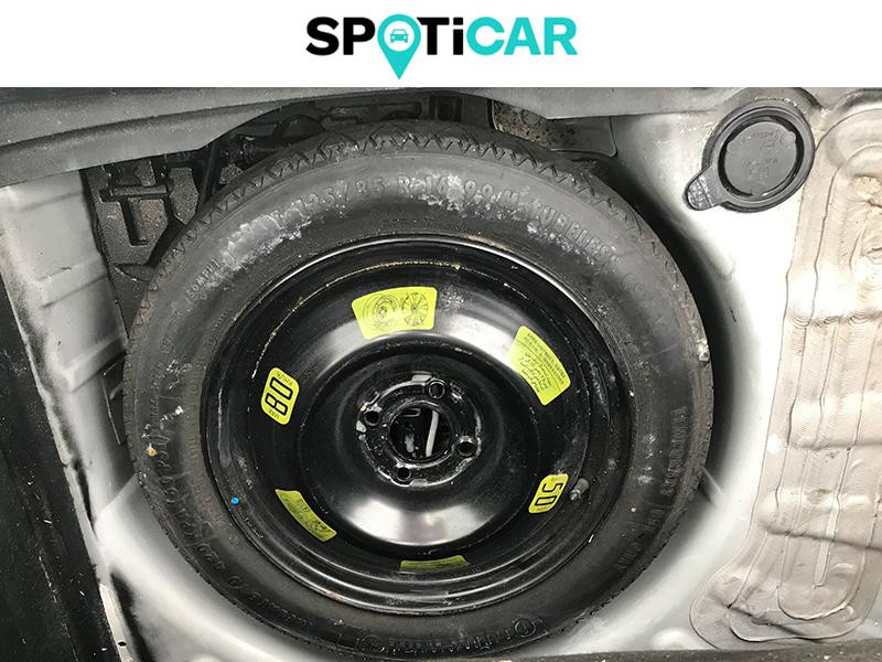 Toyota Aygo 1.0 VVT-i 69ch Stop&Start x-play 5p Blanc occasion à Lescar - photo n°15