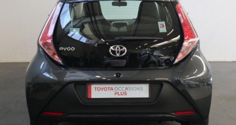 Toyota Aygo 1.0 VVT-i 69ch x-play 5p Gris occasion à Tonnay Charente - photo n°6