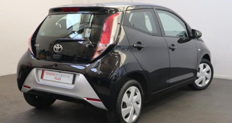 Toyota Aygo 1.0 VVT-i 69ch x-play 5p Noir occasion à Tonnay Charente - photo n°2