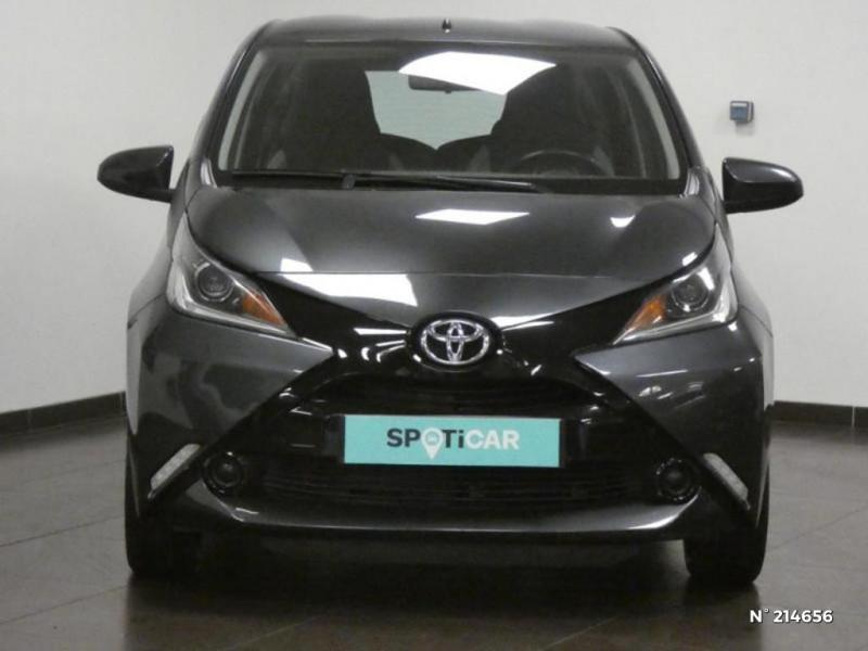 Toyota Aygo 1.0 VVT-i 69ch x-play 5p Gris occasion à Corbeil-Essonnes - photo n°3