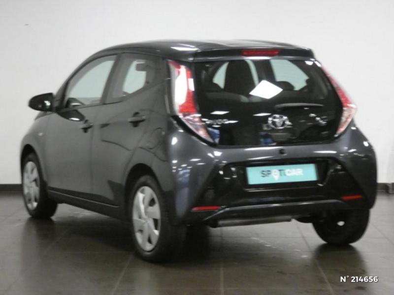 Toyota Aygo 1.0 VVT-i 69ch x-play 5p Gris occasion à Corbeil-Essonnes - photo n°7
