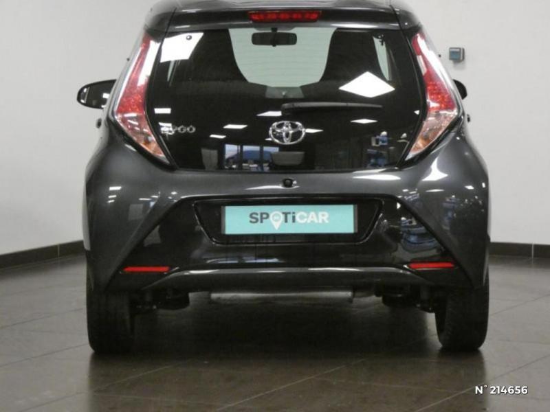 Toyota Aygo 1.0 VVT-i 69ch x-play 5p Gris occasion à Corbeil-Essonnes - photo n°5