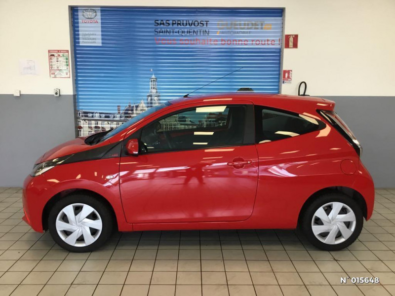Toyota Aygo 1.0 VVT-i 69ch x-red 2018 3p Rouge occasion à Saint-Quentin - photo n°8