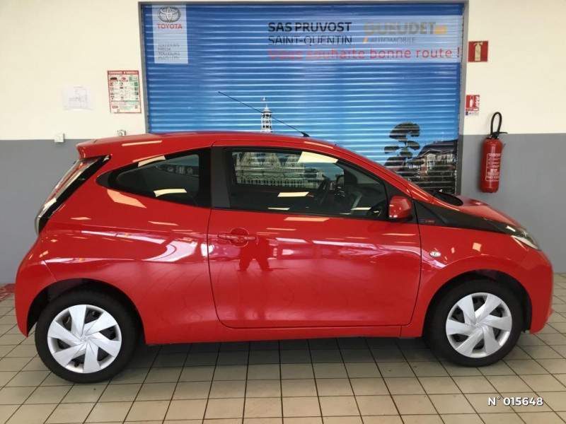 Toyota Aygo 1.0 VVT-i 69ch x-red 2018 3p Rouge occasion à Saint-Quentin - photo n°7