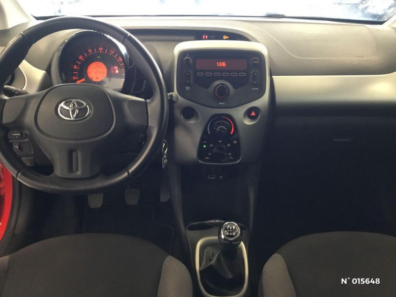 Toyota Aygo 1.0 VVT-i 69ch x-red 2018 3p Rouge occasion à Saint-Quentin - photo n°10