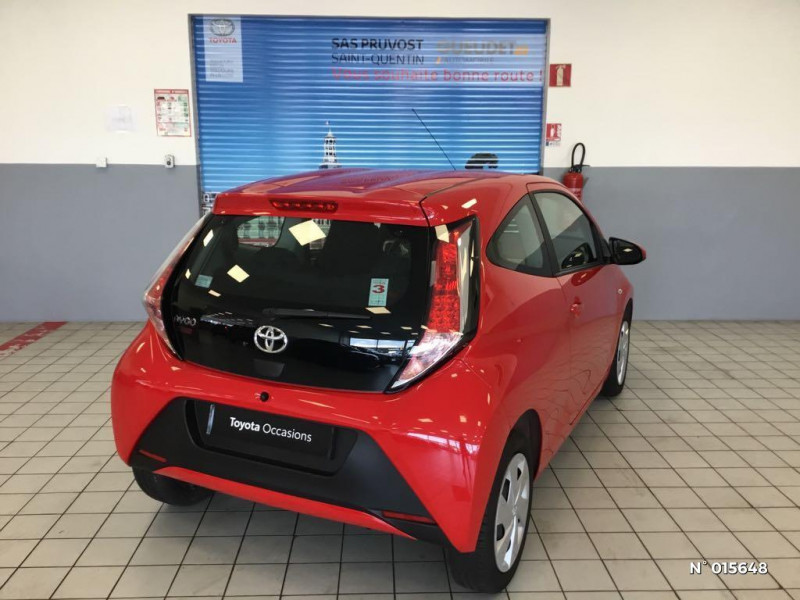 Toyota Aygo 1.0 VVT-i 69ch x-red 2018 3p Rouge occasion à Saint-Quentin - photo n°6