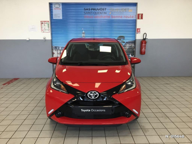 Toyota Aygo 1.0 VVT-i 69ch x-red 2018 3p Rouge occasion à Saint-Quentin - photo n°2
