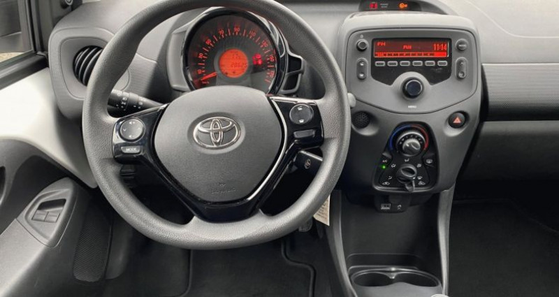 Toyota Aygo 1.0 VVT-i 72ch x 5p Blanc occasion à EPAGNY - photo n°4