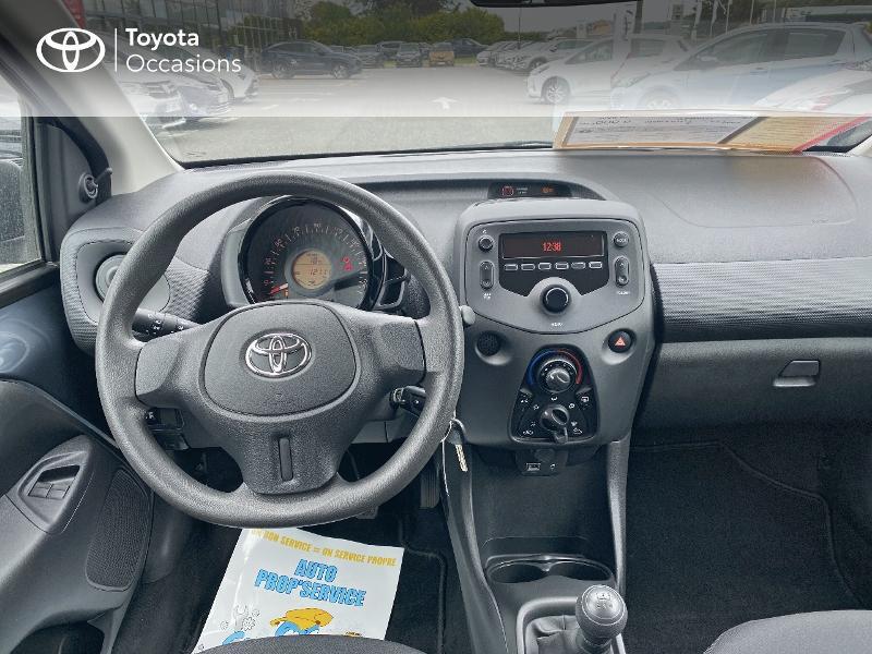 Toyota Aygo 1.0 VVT-i 72ch x-black 5p Noir occasion à Albi - photo n°8