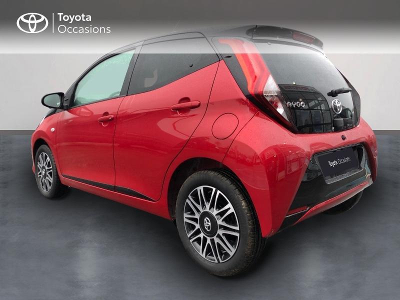 Toyota Aygo 1.0 VVT-i 72ch x-clusiv 5p MY20 Rouge occasion à NOYAL PONTIVY - photo n°4