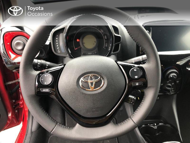 Toyota Aygo 1.0 VVT-i 72ch x-clusiv 5p MY20 Rouge occasion à NOYAL PONTIVY - photo n°9