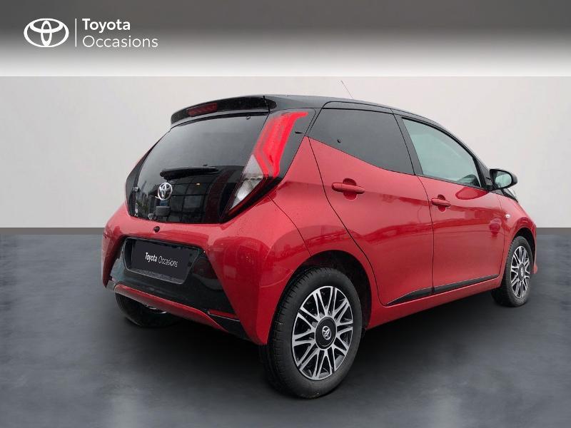 Toyota Aygo 1.0 VVT-i 72ch x-clusiv 5p MY20 Rouge occasion à NOYAL PONTIVY - photo n°2
