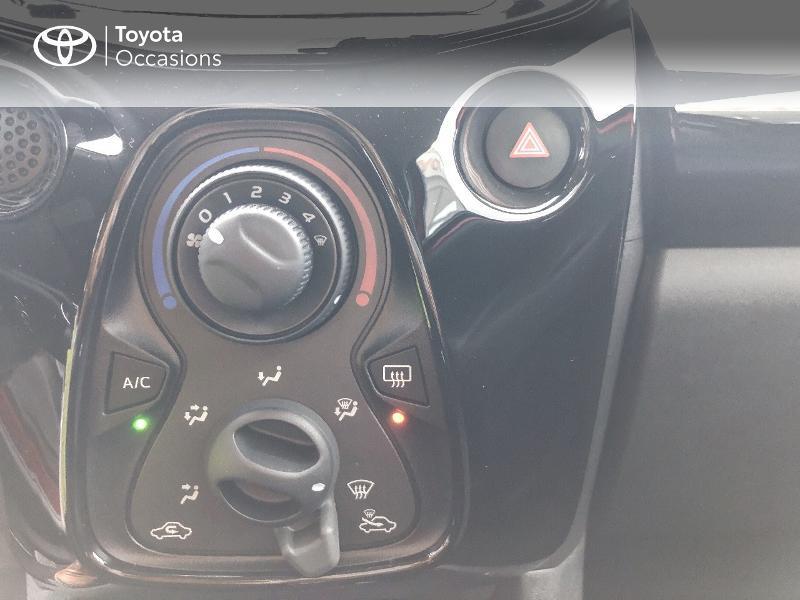 Toyota Aygo 1.0 VVT-i 72ch x-clusiv 5p MY20 Rouge occasion à NOYAL PONTIVY - photo n°14