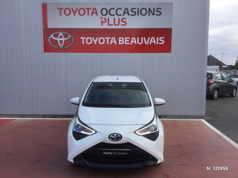 Toyota Aygo 1.0 VVT-i 72ch x-play 3p Blanc occasion à Beauvais - photo n°2