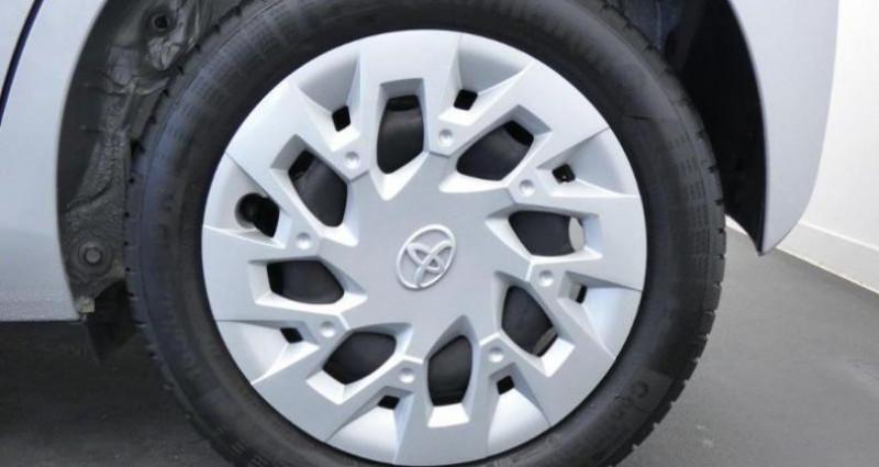 Toyota Aygo 1.0 VVT-i 72ch x-play 5p Gris occasion à Mouilleron Le Captif - photo n°7