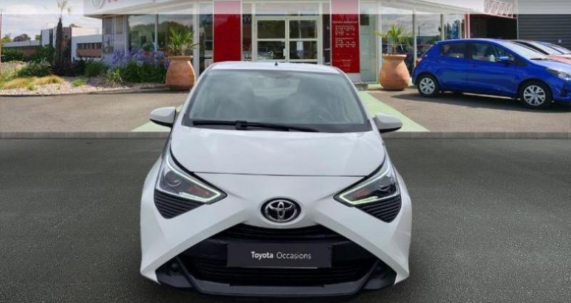Toyota Aygo 1.0 VVT-i 72ch x-play 5p Blanc occasion à Royan - photo n°5