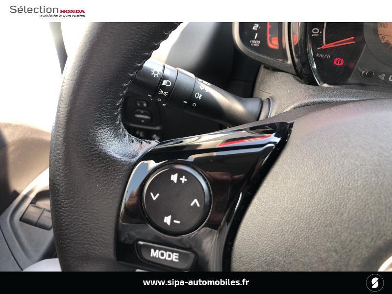 Toyota Aygo 1.0 VVT-i 72ch x-play 5p Gris occasion à Le Bouscat - photo n°16