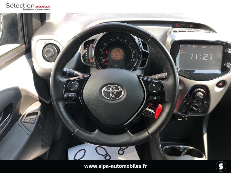 Toyota Aygo 1.0 VVT-i 72ch x-play 5p Gris occasion à Le Bouscat - photo n°6