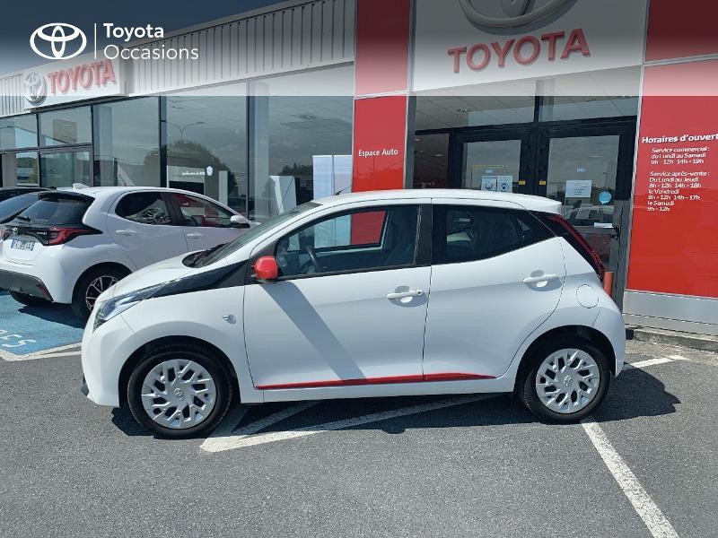 Toyota Aygo 1.0 VVT-i 72ch x-play x-app 5p MC18 Blanc occasion à CASTRES - photo n°19