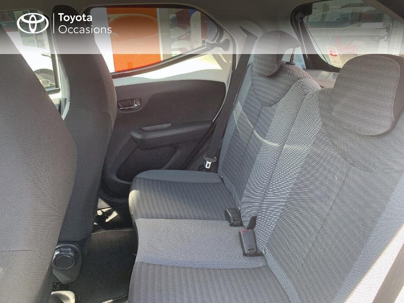 Toyota Aygo 1.0 VVT-i 72ch x-play x-app 5p MC18 Blanc occasion à CASTRES - photo n°12
