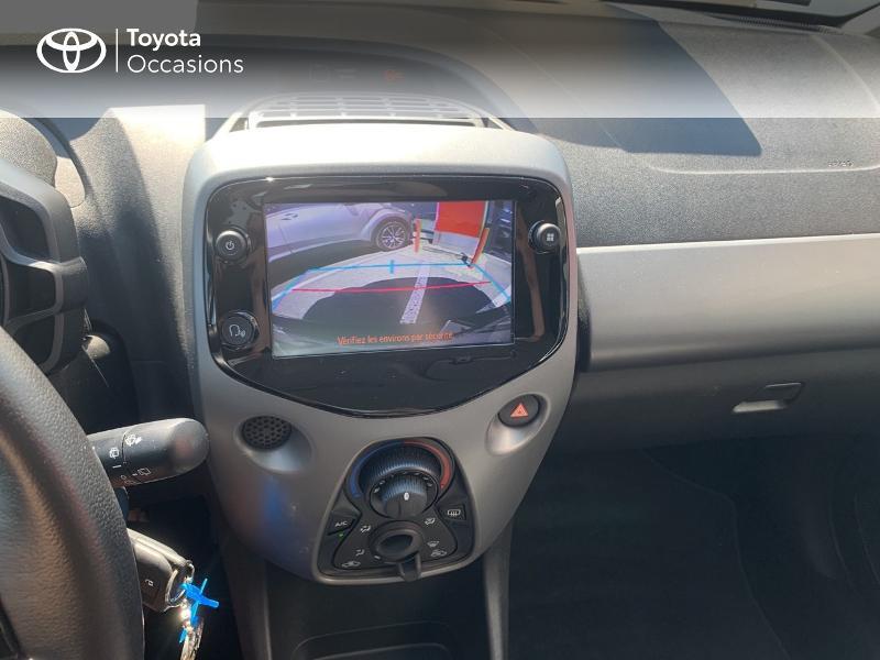 Toyota Aygo 1.0 VVT-i 72ch x-play x-app 5p MC18 Blanc occasion à CASTRES - photo n°15