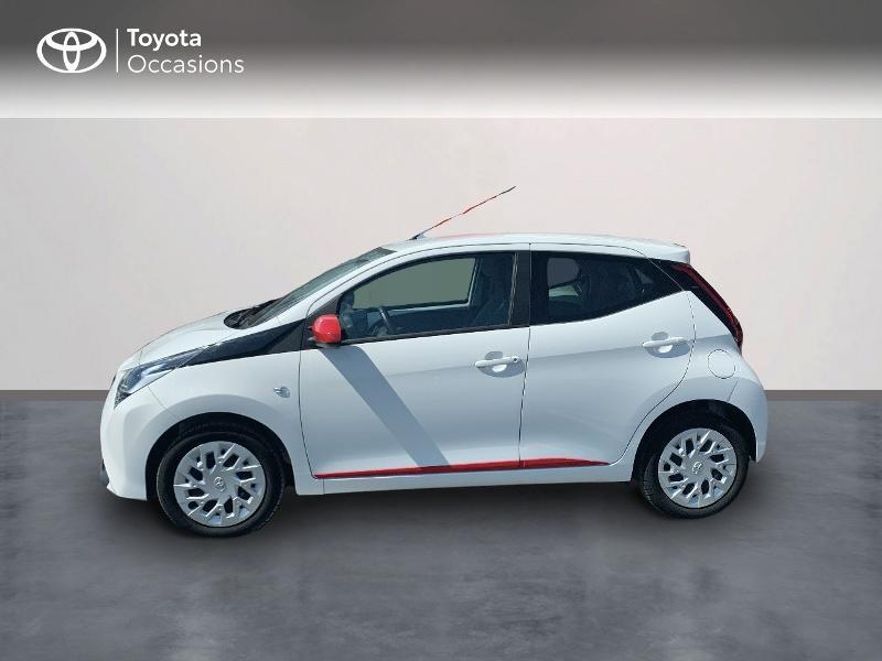 Toyota Aygo 1.0 VVT-i 72ch x-play x-app 5p MC18 Blanc occasion à CASTRES - photo n°3