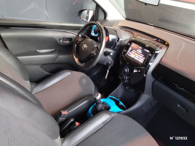 Toyota Aygo 1.0 VVT-i 72ch x-trend 5p Noir occasion à Jaux - photo n°4