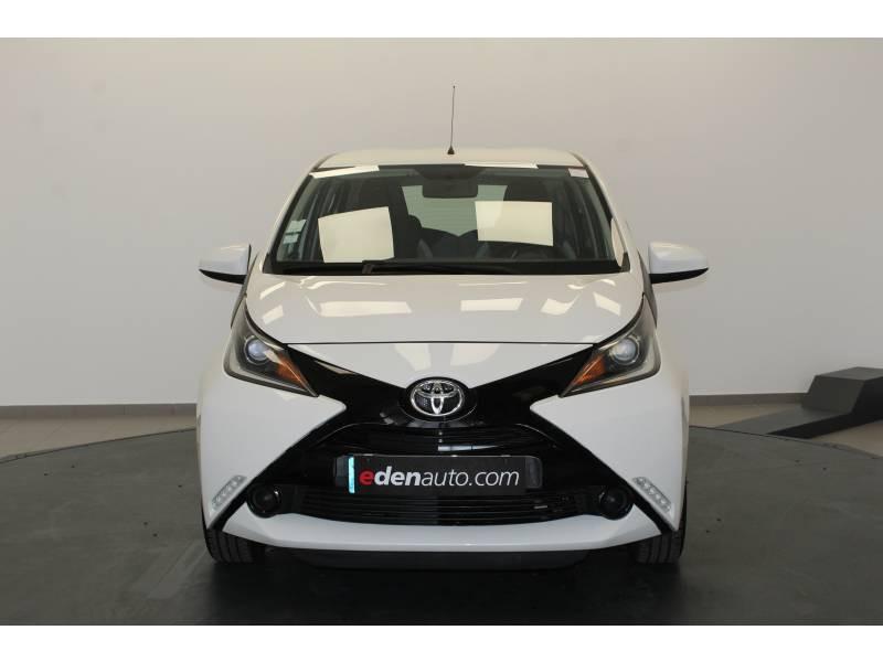 Toyota Aygo 1.0 VVT-i x-play Blanc occasion à Lons - photo n°8